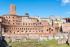 Рынок od Trajans старинных зданий, итальянский: Mercati di Traiano - первый римский торговый центр, Рим, Италия стоковое изображение rf