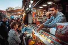 Рынок Ortakoy стоковые фото