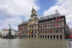 Рыночная площадь в Антверпене, Бельгии стоковое изображение rf