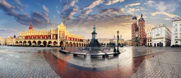 Рыночная площадь Кракова, Польша - панорама Стоковые Изображения RF