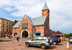 Рыночная площадь при здание рынка, построенное в 1906 год в Выборге Стоковая Фотография