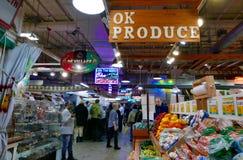 Рыночное месте открытого рынка чтения терминальное крытое Стоковые Изображения