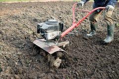 Рыхлитель, оборудование сельско-хозяйственной техники аграрное напольно стоковое изображение rf
