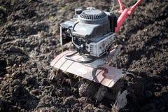Рыхлитель, оборудование сельско-хозяйственной техники аграрное напольно стоковое фото