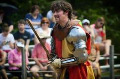 Рыцарь соперничающий на фестивале ренессанса стоковое изображение