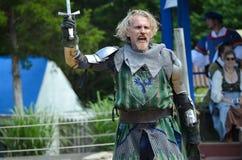 Рыцарь соперничающий на фестивале ренессанса стоковые изображения