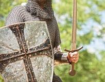 Рыцарь с шпагой стоковое фото rf