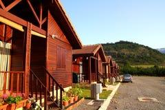рядок парка campign лагеря бунгала деревянный Стоковые Фотографии RF