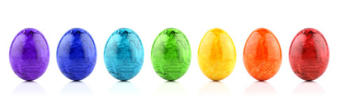 рядок радуги пасхального яйца Стоковые Фотографии RF