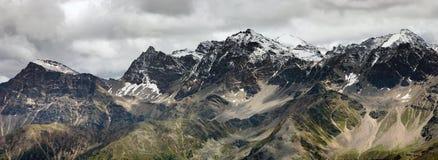 ряд панорамы горы Стоковое фото RF