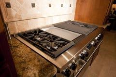 ряд печи кухни клобука нержавеющий Стоковое Изображение RF