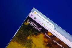 Рязань, Россия - 29-ое апреля 2018: Домашняя страница Wattpad вебсайт com на дисплее ПК, url - Wattpad com стоковые изображения rf
