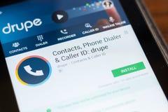 Рязань, Россия - 24-ое июня 2018: ID передвижной app контактов Drupe, номеронабирателя телефона и звонящего по телефону на диспле стоковая фотография