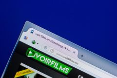 Рязань, Россия - 8-ое мая 2018: Вебсайт Voirfilms на дисплее ПК, url - Voirfilms WS Стоковые Фото