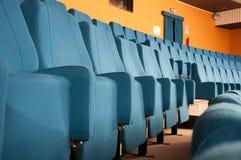 Рядки мест театра стоковые изображения rf