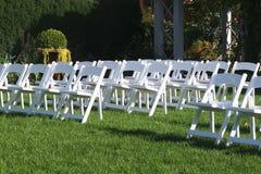 рядки стулов белые Стоковые Изображения RF