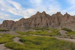 Ряд неплодородных почв Южной Дакоты с небом Стоковые Фото