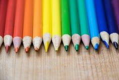 Рядок покрашенных карандашей Стоковое Фото