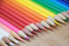 Рядок покрашенных карандашей Стоковое Изображение RF