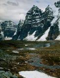 Ряд Wenkchemna от долины 10 пиков, национального парка Banff, Альберты Стоковое Изображение RF