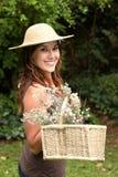 садовничая симпатичная женщина Стоковые Изображения RF
