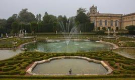 Сады дворца Blenheim стоковая фотография rf