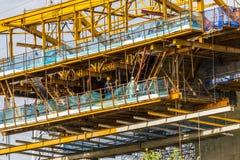 САЙГОН, ВЬЕТНАМ - 16-ое августа 2017 - строительная площадка скоростной дороги на Хошимине, Вьетнаме от Бен Luc к длинному Thanh Стоковые Изображения RF