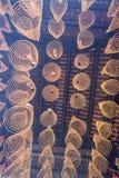 САЙГОН, ВЬЕТНАМ - 13-ое февраля 2018 - спиральный ладан вставляет смертную казнь через повешение от потолка в пагоде Thien Hau, п Стоковые Фото
