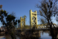 Сакраменто, CA, США - мост Стоковая Фотография