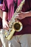 саксофон игрока джаза празднества Стоковое фото RF