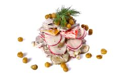 Салат говядины, редисок, зеленых горохов и сладостного перца Стоковое Фото