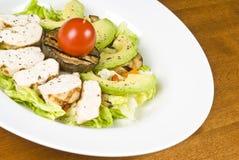 салат груди авокадоа зажженный цыпленком Стоковые Изображения RF