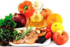 Салат из курицы в тарелке фарфора. Стоковое Изображение