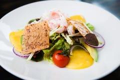 Салат креветки с соусом Стоковая Фотография