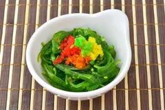 Салат морской водоросли в японском стиле еды Стоковое Фото