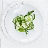 салат плиты огурца стоковые изображения rf
