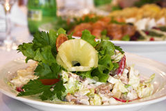 Салат с овощами и зелеными цветами Стоковое Изображение RF