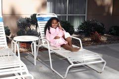 салон девушки палубы стула стоковое изображение