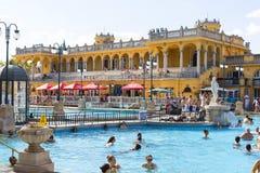 Самая старая ванна Szechenyi целебная самая большая целебная ванна в Европе Стоковое Изображение