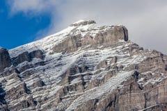Саммит горы каскада в городке Banff, Канады Стоковые Изображения RF