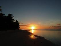 Самоанский заход солнца пляжа Стоковое Фото