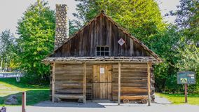 Самое старое здание в федеральном пути в западных заболоченных местах Hylebos паркует в предыдущей осени, Вашингтоне, Соединенных стоковые фото
