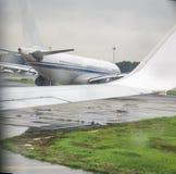 Самолеты в авиапорте Стоковое Фото