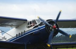 самолет-биплан antonov an2 Стоковое Изображение