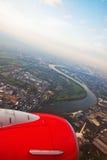 самолет вне над взглядом реки rhine Стоковое Изображение RF