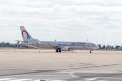Самолет королевского воздуха Maroc на авиапорте RAK Marrakesh Menara стоковая фотография