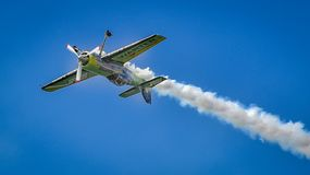 Самолет Jurgis Kairys на выставке Бухареста воздухоплавательной стоковое фото rf
