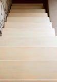 Самомоднейшая лестница типа в бежевом тоне Стоковое Изображение