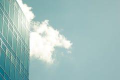 Самомоднейшее корпоративное стеклянное здание Стоковое Изображение