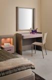 самомоднейшее красивейшей конструкции спальни нутряное стоковое фото